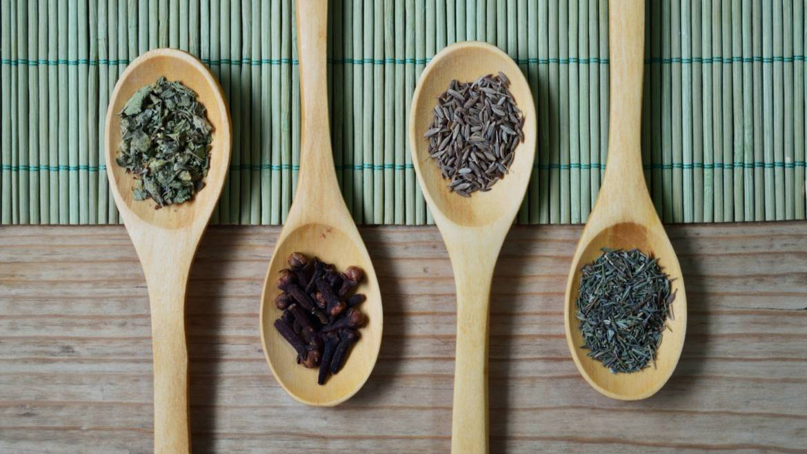 3 Classes of Herbs that Support Digestion